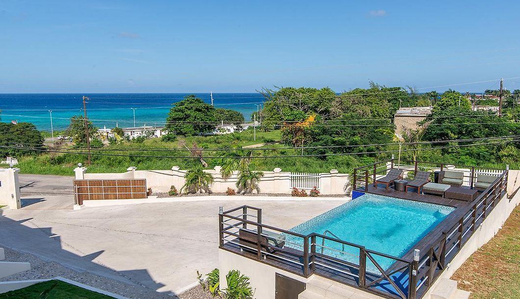 61afab5b43440 Luxury 2BR Home facing Beach w Pool Montego Bay  5